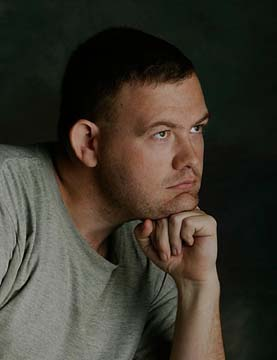 Portrait of photojournalist Billy Suratt (photo by KennethPierce.com)